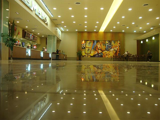Cine-mark-lobby
