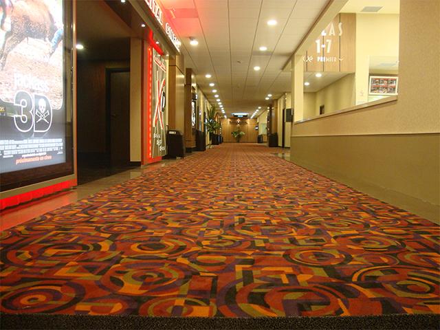 Cine-mark-pasillo